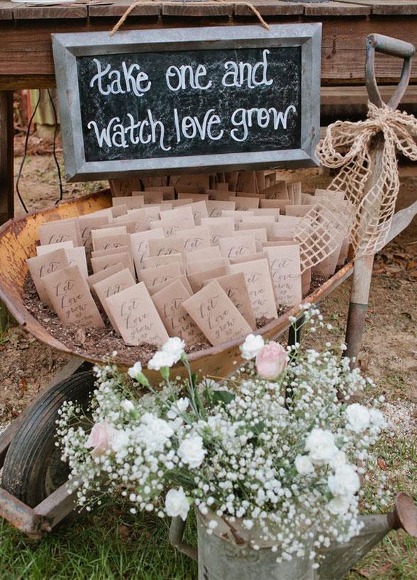 8 Fun & Refreshing Summer Wedding Favor Ideas