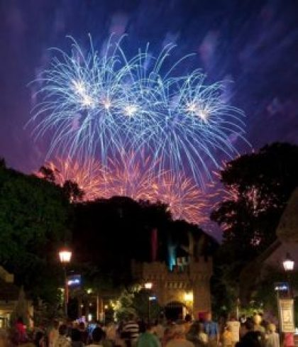 fireworks-busch-gardens-williamsburg-va