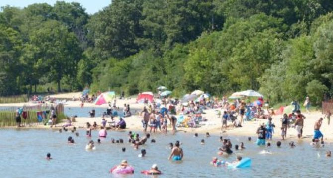 jamestown beach