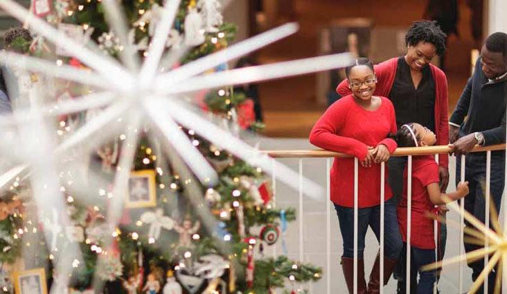 art-museums-of-CW-folk-art-christmas-tree