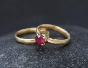 ruby wedding set in 18K y gold