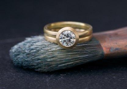 Forever Brilliant Moissanite wedding set in 18k gold