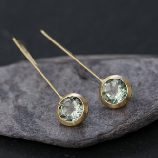 Lovely green amethyst Lollipop earrings, set in 18K yellow gold. Designed and handmade by William White in Cornwall, UK. The drop can be adjusted to suit.
