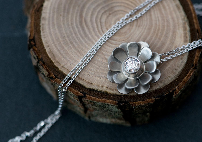 White diamond flower necklace in 18k white gold william white beautiful white diamond flower pendant set in 18k white gold on a white gold chain mightylinksfo