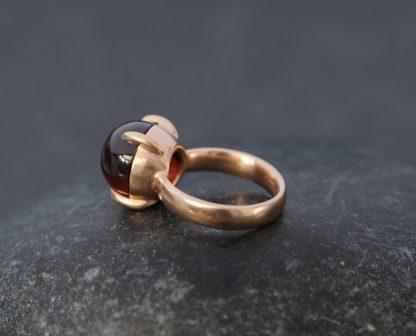 hessonite garnet 12mm cab ring in 18K rose gold