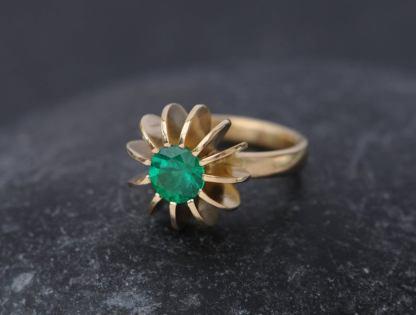 Emerald Sea Urchin Ring in 18K gold