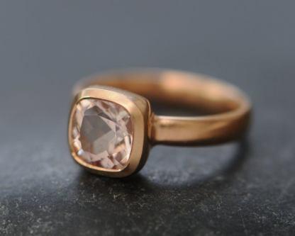 morganite 8mm cushion ring in 18K rose gold