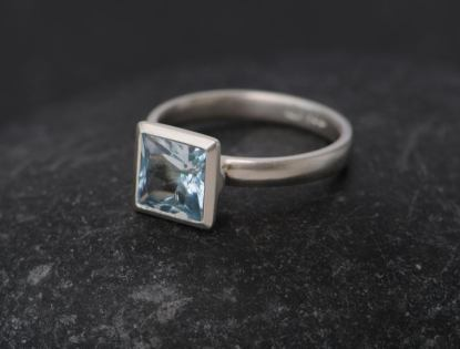 aquamarine 8mm princess cut silver ring