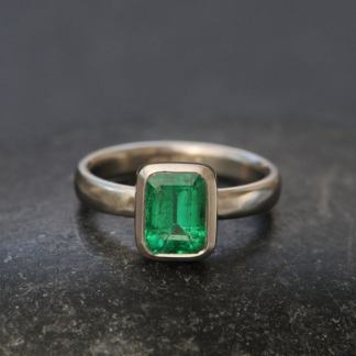 emerald cut 6 x 8 emerald ring in platinum