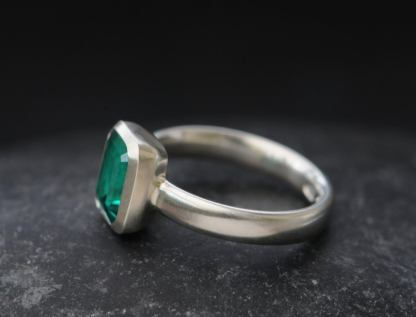 lab created emerald 6x8 oct cut in platinum
