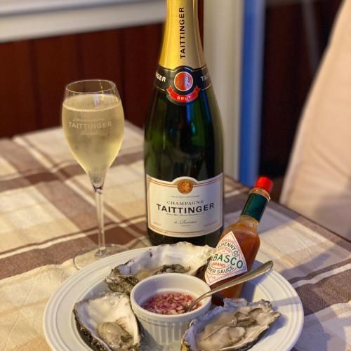 Ostronets dag firas självklart med ostron och bubbel 🍾🥂🦪