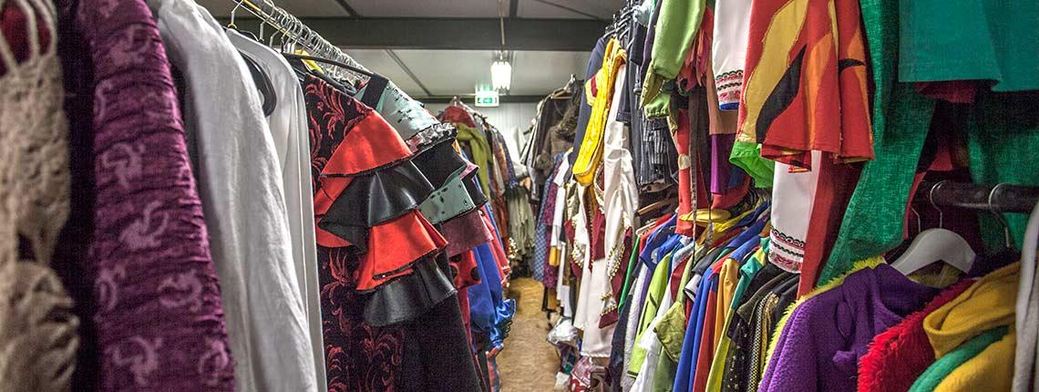 Veel kleding op voorraad