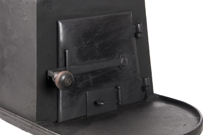 Lot 15: Wood Stove