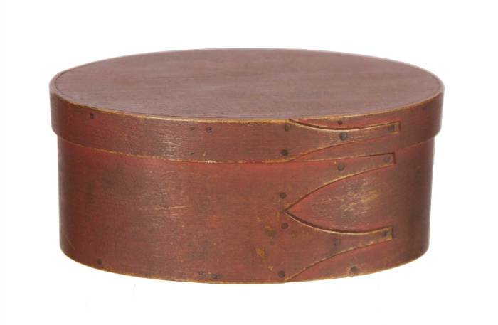 Lot 86: Oval Box