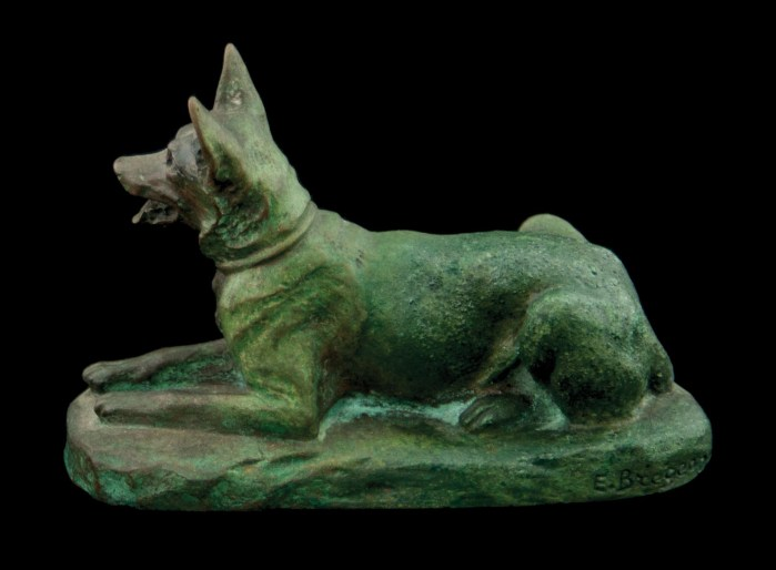 Lot 106A: Bronze Dog