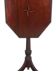 Lot 50: Hepplewhite Candlestand