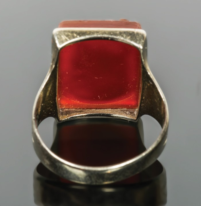 Gentleman's Gold Ring