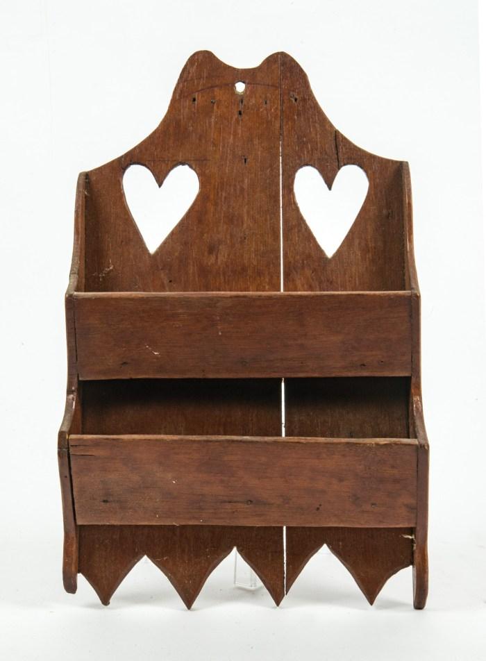 Hanging comb box