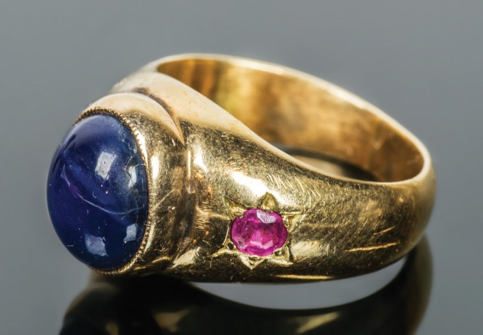 Gold Ring with Sapphire and Rubies