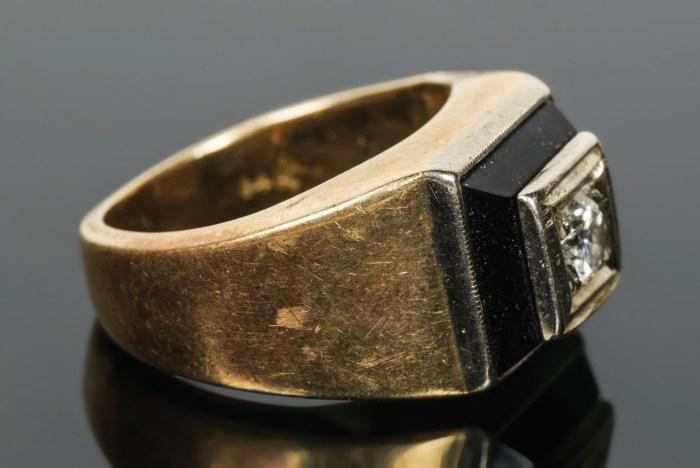 Diamond And Onyx Ring