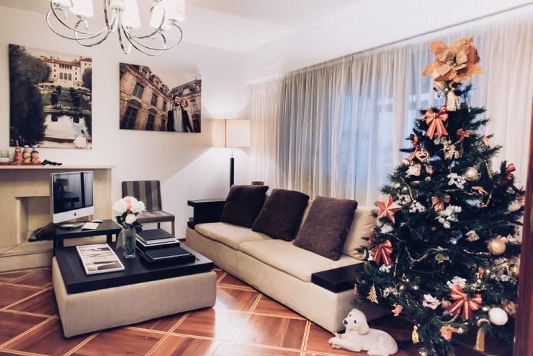 arbol de navidad de la oficina de Will Marsala, esudio de fotografía