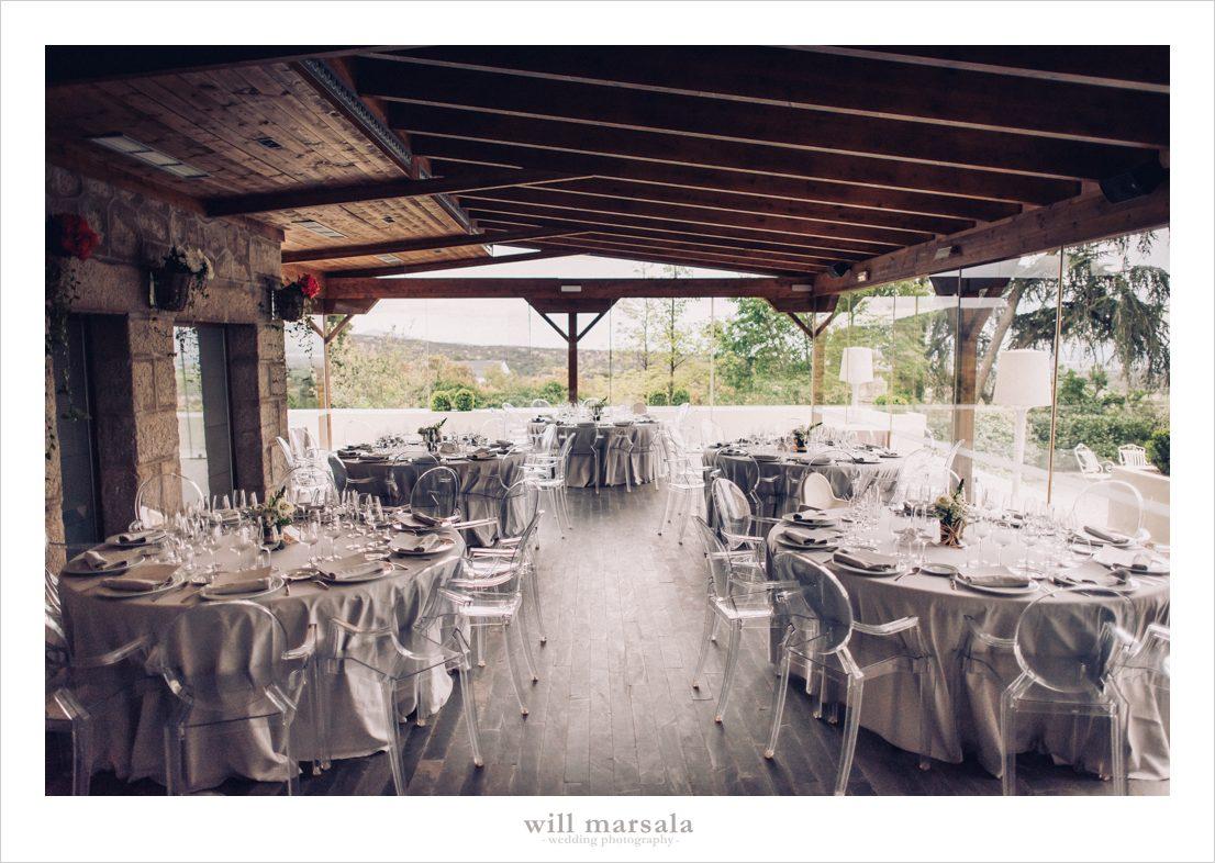 comedor interior para celebración de bodas en la finca de san antonio en madrid