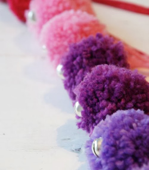 Make Pom-poms for ice skates