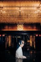 032 Rosewood Hotel Georgia lobby wedding photos