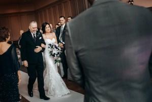 wedding swaneset
