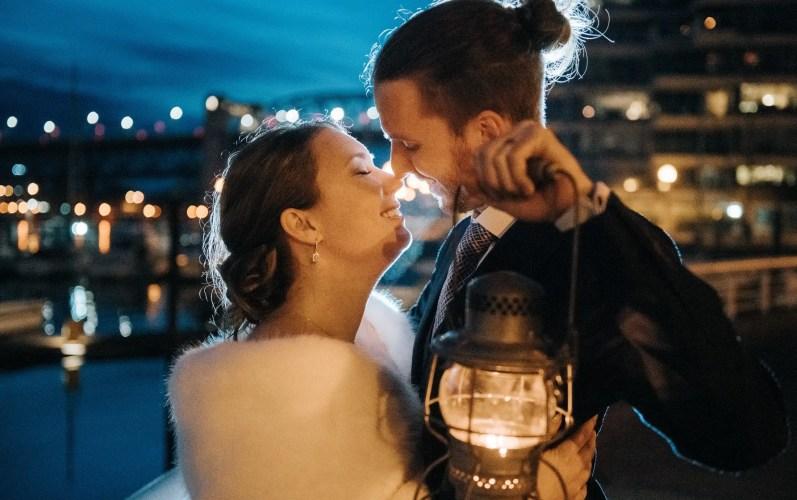 028 - night wedding photo vancouver seawall