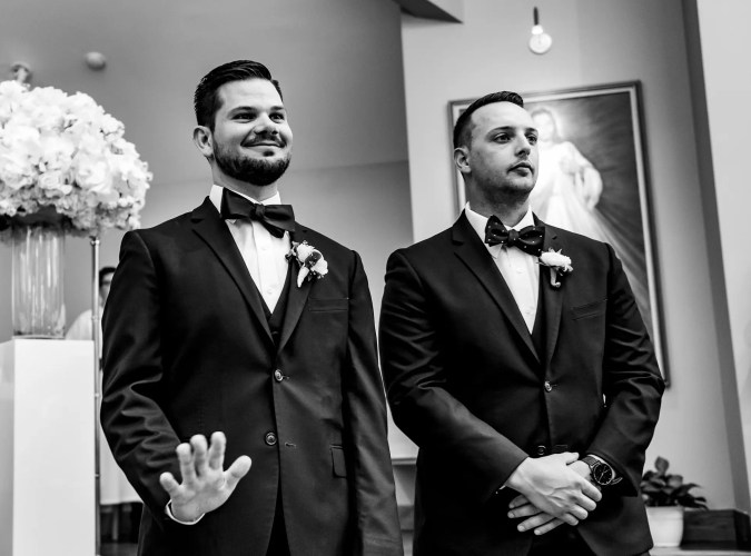 005-wedding-first-look