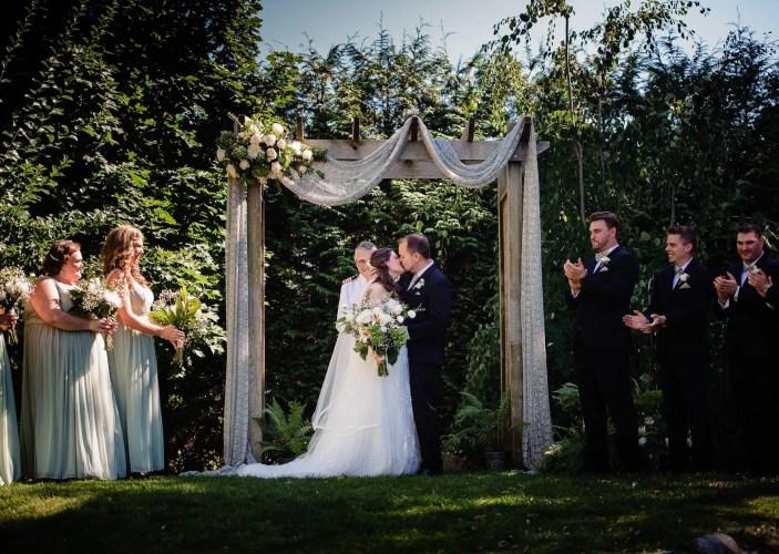 023 - first kiss garden ceremony