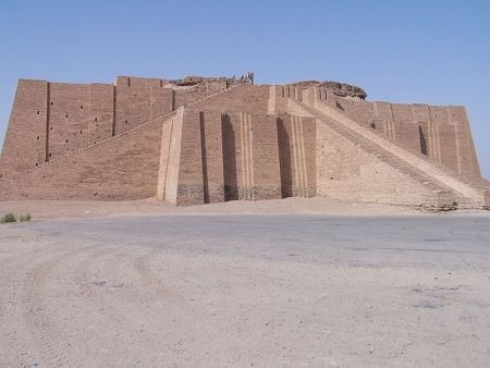 cals 25 ziggurat 640px-Ancient_ziggurat_at_Ali_Air_Base_Iraq_2005