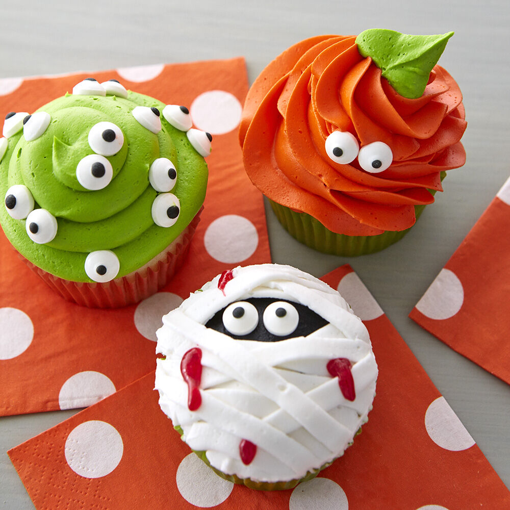 Halloween Decorating Ideas   Wilton Easy kids Halloween cupcakes