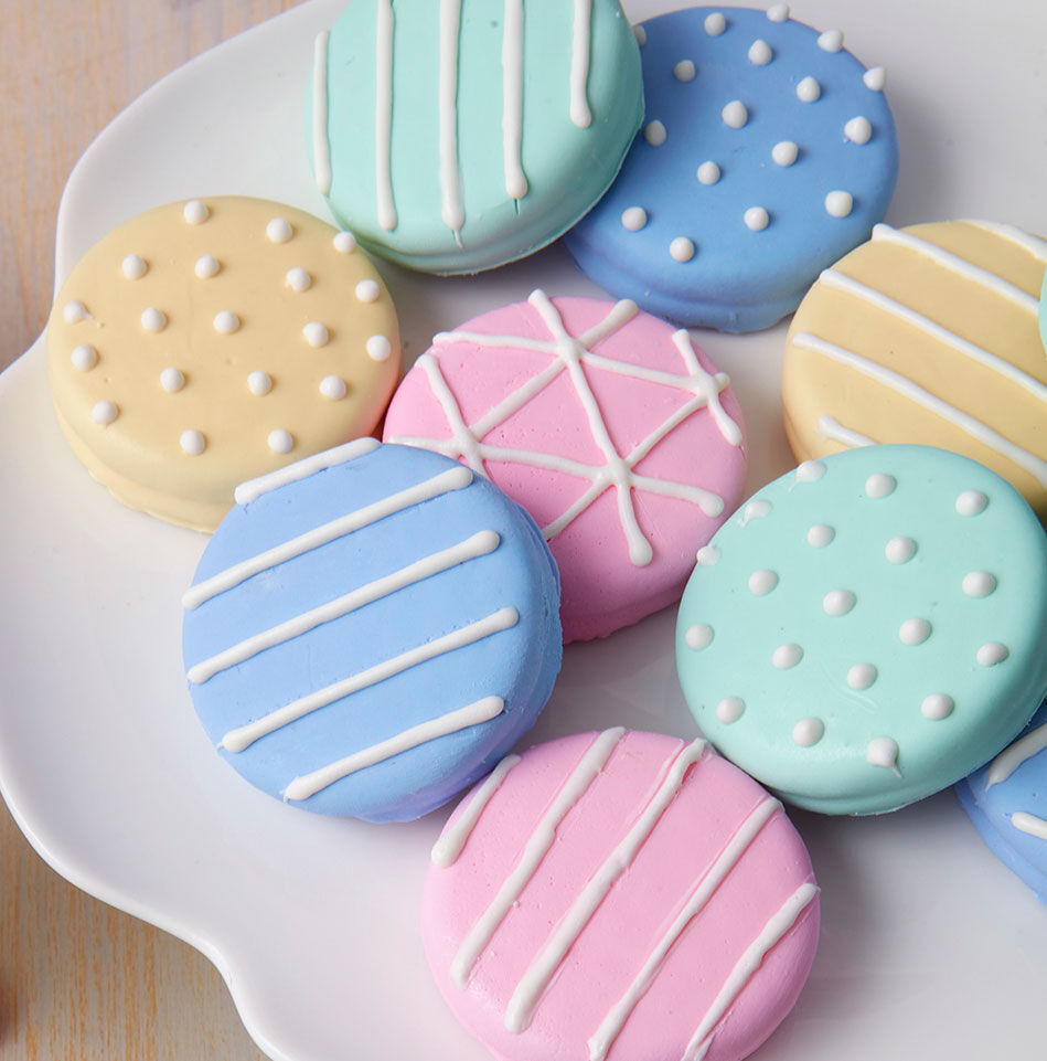 Cookie Decorating Ideas   Cookie Ideas   Wilton Sweet Surprise Candy Cookies