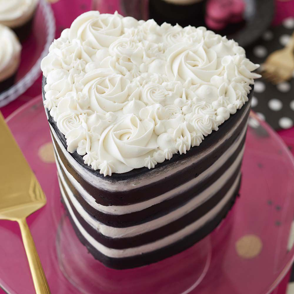 Easy Layers  Heart Cake   Wilton