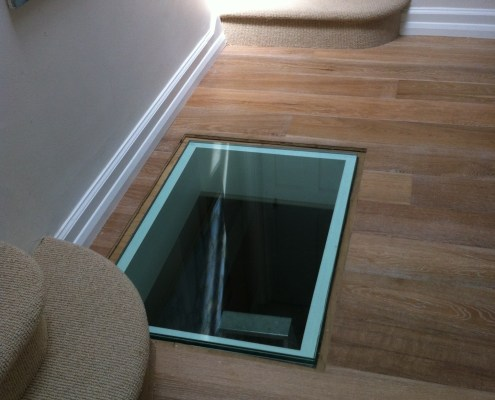 glass-floor-light-2