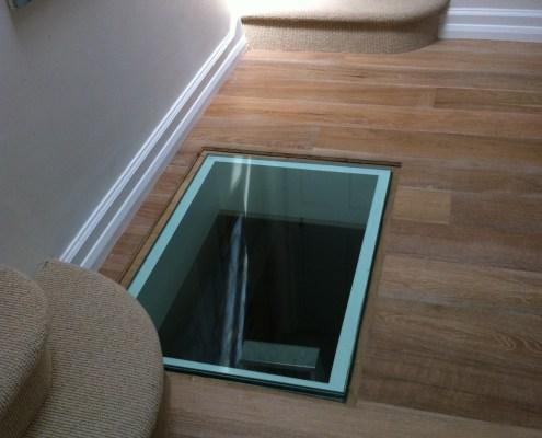 glass-floor-light-2
