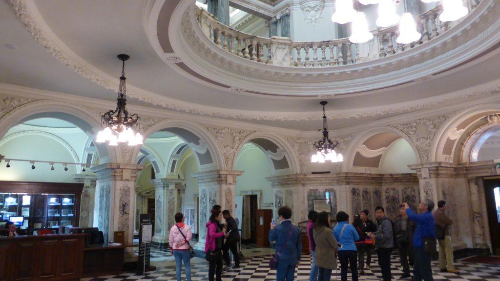 P1090379 Belfast - Town Hall