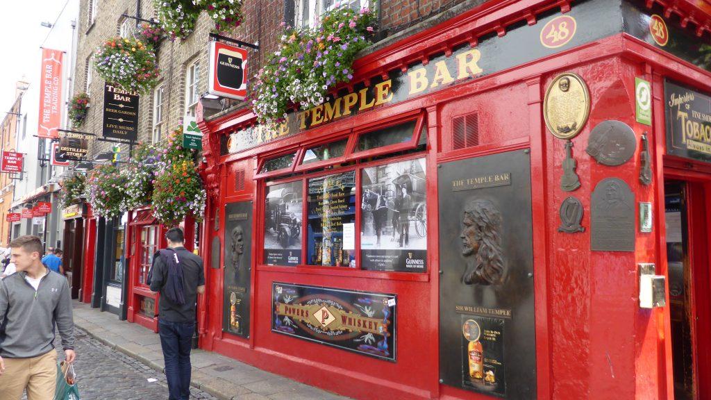 P1090451 Dublin - Temple Bar