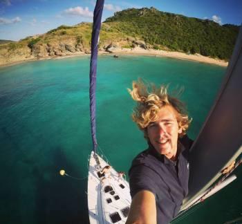 skipper-istvan-ferrare-cyclades-grèce