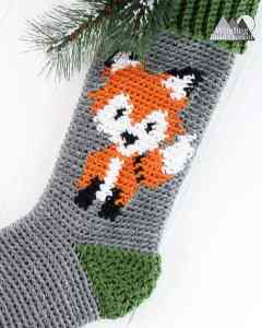Fox Crochet Stocking | This stocking is a free pattern remix of Sincerely, Pams Reindeer stocking. You can find an additional design template to turn her reindeer stocking into an adorable fox stocking. Crochet this free pattern in time for the holidays.