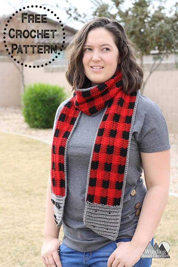 Crochet this beautiful crochet plaid scarf with this free crochet pattern. This pattern uses red hearts yarn. This is a very fun buffalo check project and is great worked up in any colour. #plaid #crochet #crochetpattern #crochetscarf