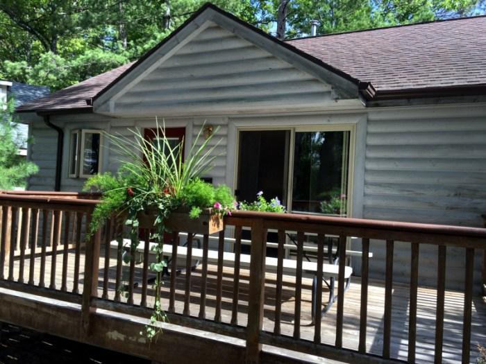 cabin6_outside_rental