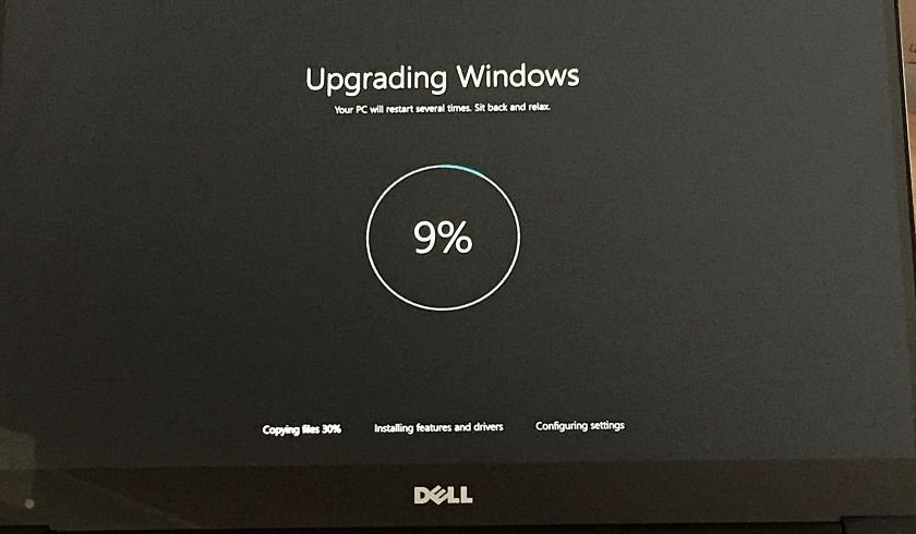 stop automatic updates in Windows 10