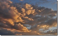 surreal sunset thumb Windows Live Clouds Themepack for Windows 7