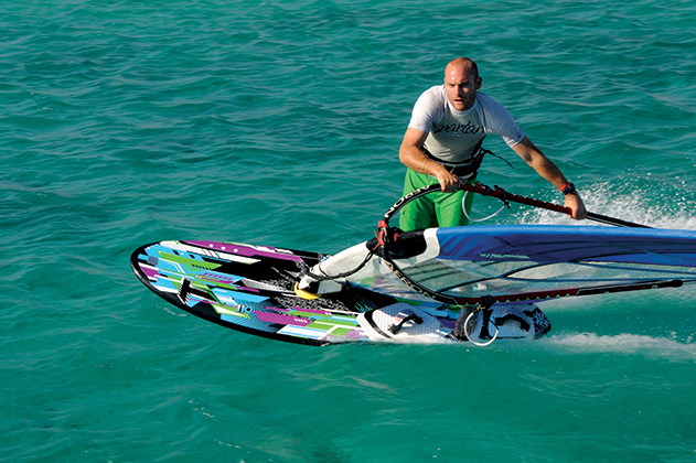 Tabou Speedster Action-631x420