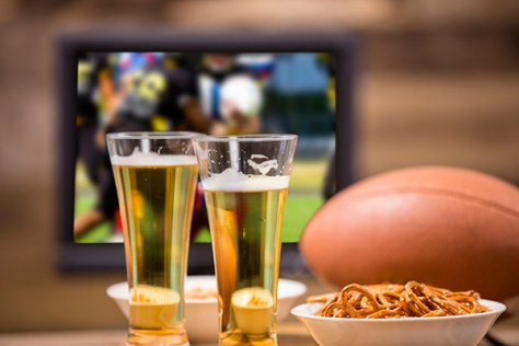 super-bowl-party-hosting-tips-600-web