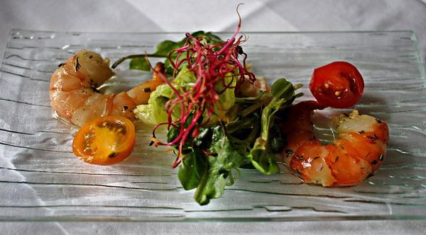Seared Saffron-Tomato Shrimp
