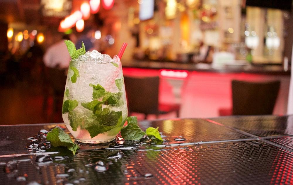 Cocktails & Drams At The Edinburgh Epicurean